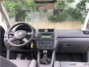VW GOLF 5 -1,4 Benzina  - RATE FIXE , EGALE , FARA AVANS , EURO 4 , CLIMA  - imagine 15