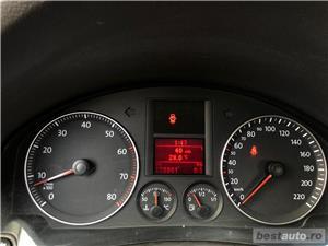 VW GOLF 5 -1,4 Benzina  - RATE FIXE , EGALE , FARA AVANS , EURO 4 , CLIMA  - imagine 13