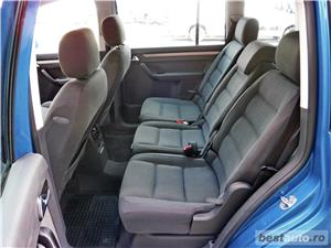 VW TOURAN 7 LOCURI - 2.0 TDI - 140 C.P. - EURO 4 - vanzare in RATE FIXE cu avans 0%. - imagine 9