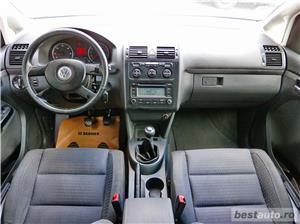 VW TOURAN 7 LOCURI - 2.0 TDI - 140 C.P. - EURO 4 - vanzare in RATE FIXE cu avans 0%. - imagine 11