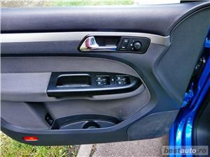 VW TOURAN 7 LOCURI - 2.0 TDI - 140 C.P. - EURO 4 - vanzare in RATE FIXE cu avans 0%. - imagine 14