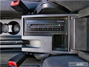 VW TOURAN 7 LOCURI - 2.0 TDI - 140 C.P. - EURO 4 - vanzare in RATE FIXE cu avans 0%. - imagine 20