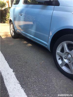 Toyota yaris - imagine 10