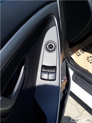 Hyundai i30 - imagine 10