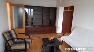 Apartament cu 3 camere in zona Lizeanu - Maica Domnului - imagine 1