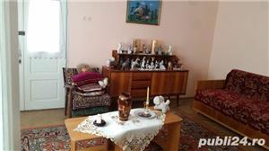 Casa de Vanzare in Caiuti, Jud. Bacau - imagine 11