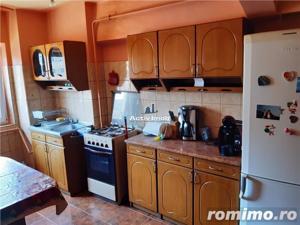 Resita, 2 Cam. Dec., Complet, Bulevard, Micro 4 - imagine 11