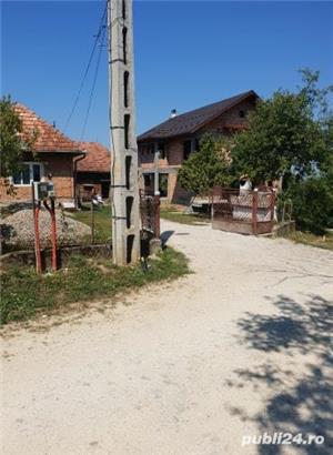 Casa in rosu+anexe+teren de vanzare ! - imagine 5