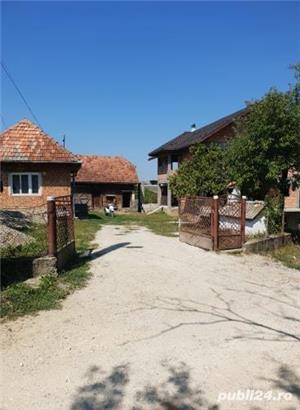 Casa in rosu+anexe+teren de vanzare ! - imagine 7