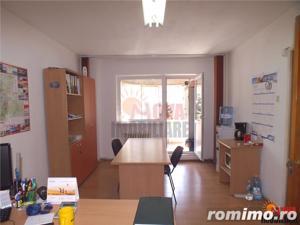 Toamnei - apartament 2 camere pretabil birouri - imagine 1