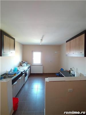3. Bucovina, 2 camere, cu potential - imagine 1