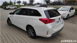 Toyota auris / hybrid /panorama / piele/ navi / cameara mansalier /automata - imagine 3