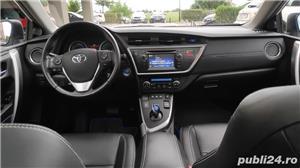 Toyota auris / hybrid /panorama / piele/ navi / cameara mansalier /automata - imagine 7