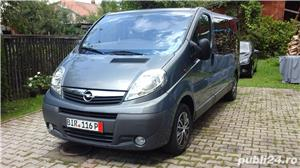Opel vivaro 2.0,115 cp.,model lung,8+1 locuri,Clima - imagine 1