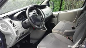 Opel vivaro 2.0,115 cp.,model lung,8+1 locuri,Clima - imagine 5