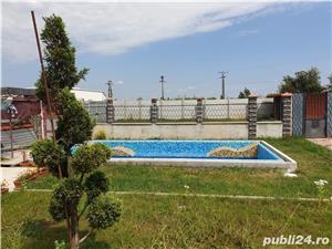 Vila zona C.Sintandrei , SC 384 mp , teren 2600 , la rosu , piscina , gas , apa , canal in derulare  - imagine 5