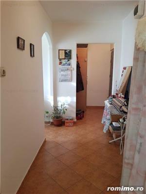 1 camera - DECOMANDAT - 43.500 Euro - etaj 3 din 4 - imagine 4