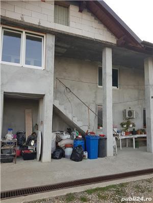 Casă cu etaj - imagine 6