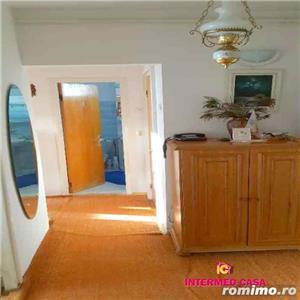 Apartament 2 camere decomandate zona Rahovei Sibiu  - imagine 2