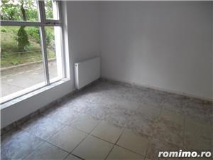 Vand spatiu comercial in Deva, zona Micro 15, transformat din apartament de 3 camere cu proiect - imagine 3