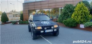 Opel Frontera - imagine 9