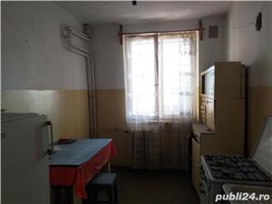 Vand apartament 3 camere decomandat - imagine 6