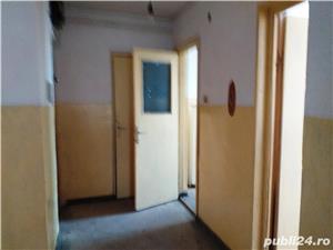 Vand apartament 3 camere decomandat - imagine 8