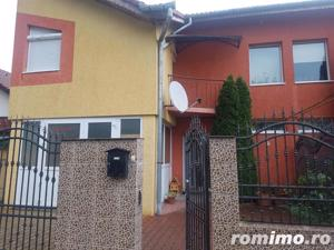 Casa tip duplex, 4 camere, Cetate - imagine 1
