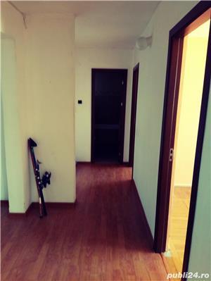 Apartament 4 camere de vanzare - imagine 2