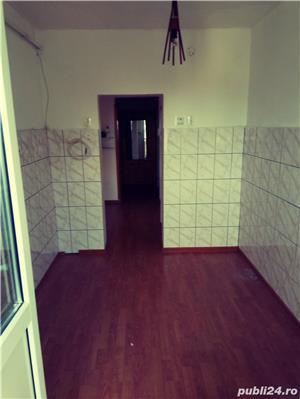 Apartament 4 camere de vanzare - imagine 9