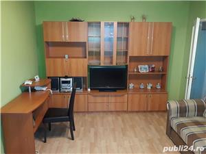 Inchiriez apartament 2 camere,semidecomandat,zona Astra - imagine 2