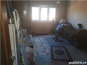 Vînd apartament 2 camere Zarnesti , str. Florilor - imagine 4