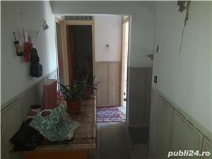 Vînd apartament 2 camere Zarnesti , str. Florilor - imagine 2