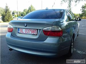 Bmw Seria 3 320D - imagine 6