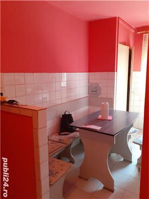 Vand apartament cu 2 camere zona Olimpia - imagine 3