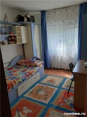 Apartament 3 camere, decomandat, zona Soarelui, centrala proprie - imagine 4