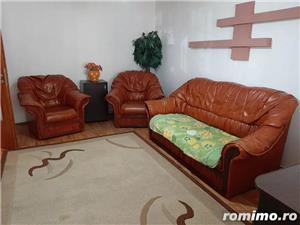 Apartament 3 camere, decomandat, zona Soarelui, centrala proprie - imagine 2