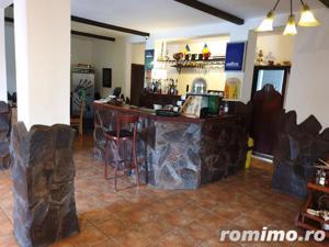 Pensiune 10 camere, Restaurant,Terasa,langa Lac - imagine 3