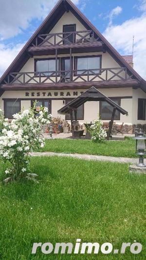 Pensiune 10 camere, Restaurant,Terasa,langa Lac - imagine 20