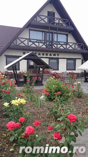Pensiune 10 camere, Restaurant,Terasa,langa Lac - imagine 17