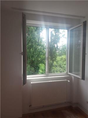 Proprietar vand apartament central 2 camere bloc de caramida et 2 - imagine 6