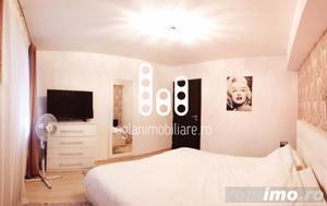 Apartament cu 3 camere etaj intermediar de vanzare in Vasile Aaron - imagine 2