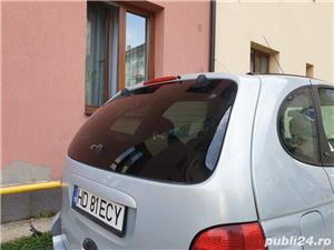 Renault Scenic - imagine 7