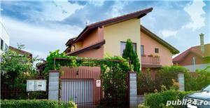 Proprietar!Vand casa cu 4 dormitoare, living, bucătărie, 3 bai, cămară,  dressing, garaj. - imagine 1