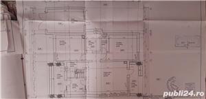 Proprietar!Vand casa cu 4 dormitoare, living, bucătărie, 3 bai, cămară,  dressing, garaj. - imagine 2