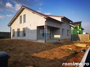 Casa/Vila de vanzare pe str. Apateului (zona Nicolae Grigorescu) - imagine 1