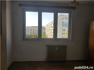 Vanzare apartament 2 camere 1 Mai liber - imagine 2