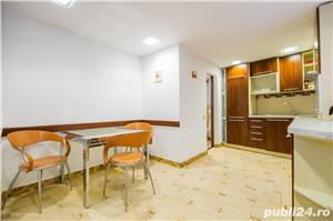 Proprietar închiriez apartament ultracentral + loc parcare - imagine 3