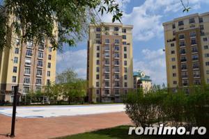 Apartament 2 camere Cosmopolis terasa20 mp+gradina 43mp,vedere piscina - imagine 13