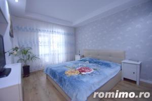 Apartament 2 camere Cosmopolis terasa20 mp+gradina 43mp,vedere piscina - imagine 4